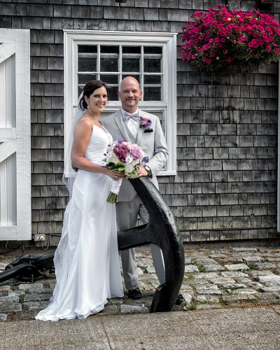 bride and groom wedding photos at historic properties in halifax
