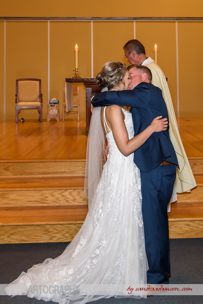 Halifax, Dartmouth, NS, Nova Scotia, wedding, photography, photographer, images, image, photo, photos, church, ceremony, bride, groom, first kiss,